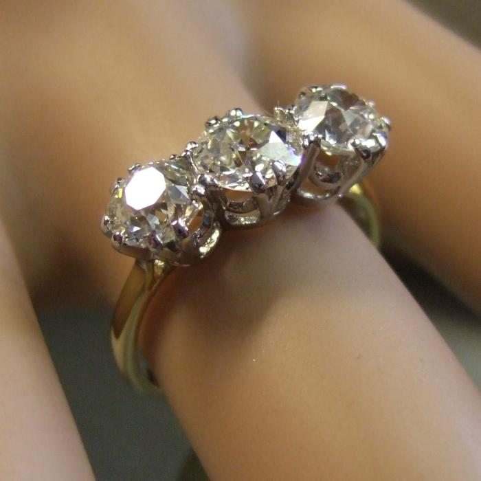 Diamond Ref A 18ct White Gold Five Carat Diamondcelet